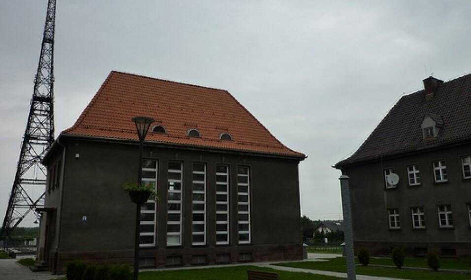 Hotel i restauracja przy zabytkowej radiostacji w Gliwicach