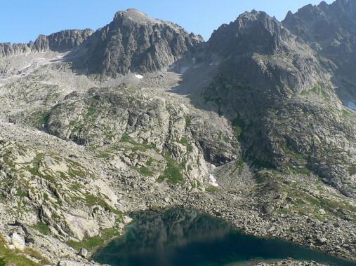 Baranie Rogi, Barania Przełęcz i Spiska Grzęda, na dole Wielki Staw Spiski