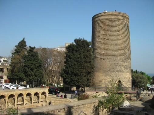 Baszta Dziewicza w Baku