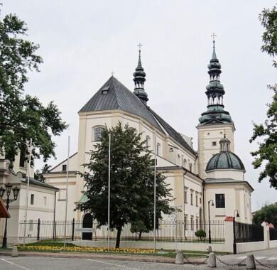 Bazylika katedralna Wniebowzięcia Najświętszej Maryi Panny i św. Mikołaja w Łowiczu