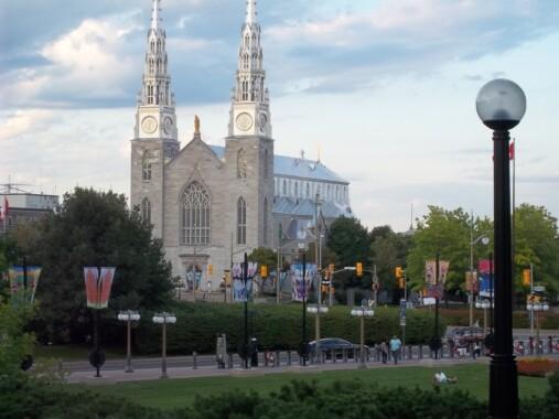Bazylika katedralna Notre-Dame w Ottawie