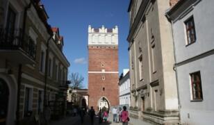 Brama Opatowska w Sandomierzu