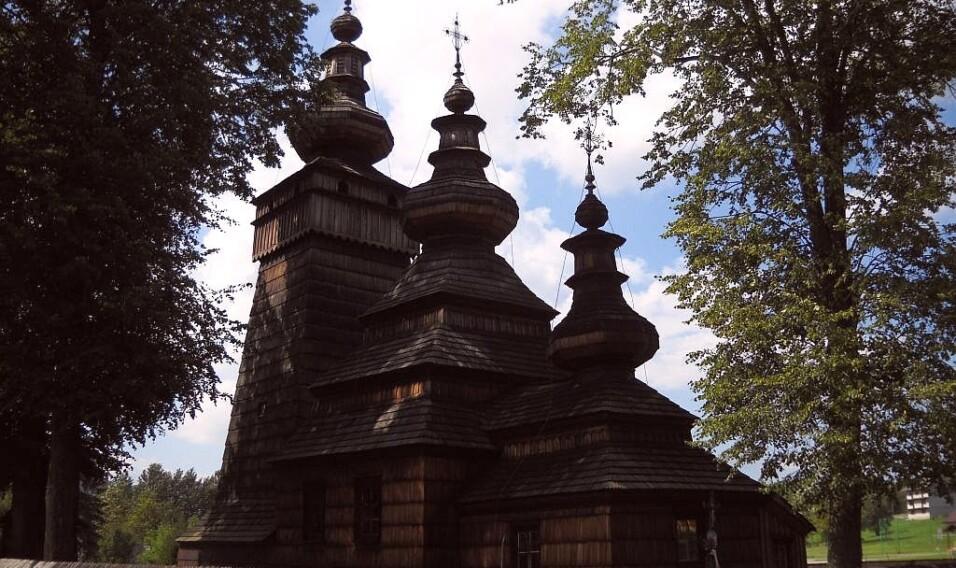 9 najpiękniejszych drewnianych cerkwi w południowej Polsce