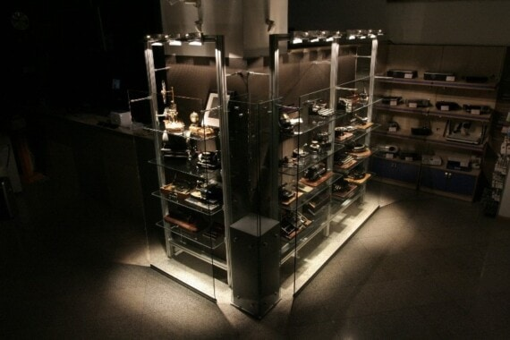 Eksponaty w muzeum maszyn biurowych Safir