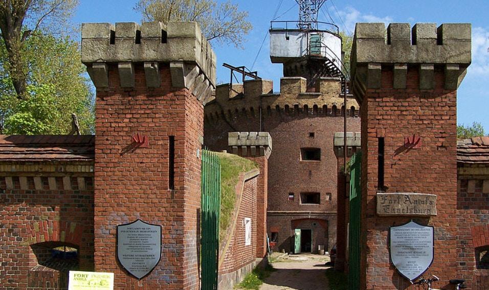 11 najciekawszych miejscowości turystycznych nad polskim morzem