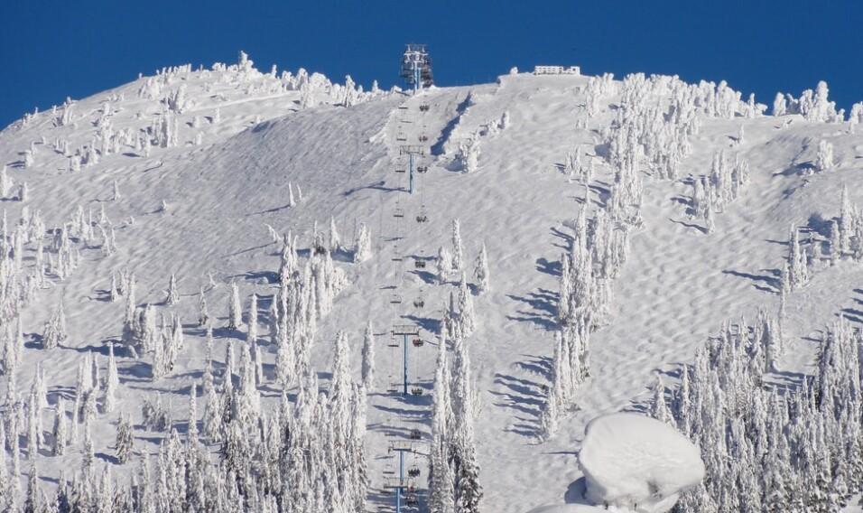 Góra Waszyngtona – nie tylko wietrznie, ale też śnieżnie