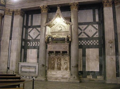 Grobowiec antypapieża Jana XXIII