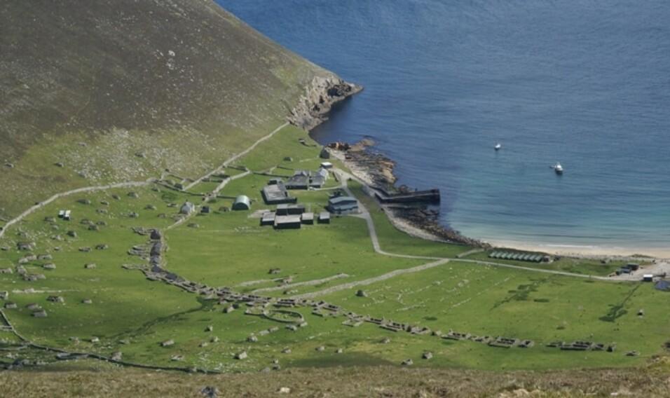 9 opuszczonych wysp, na których czas się zatrzymał