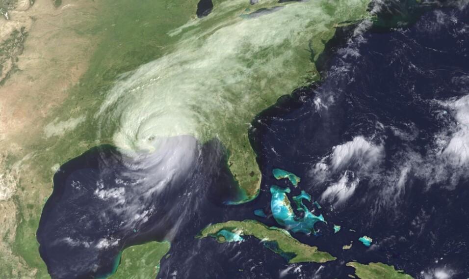 Mordercze huragany