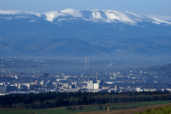 Widok na Jelenią Górę z Łysej Góry