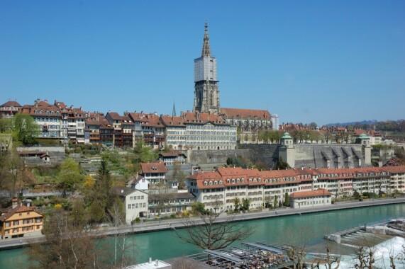 Katedra w Bernie i rzeka Aare