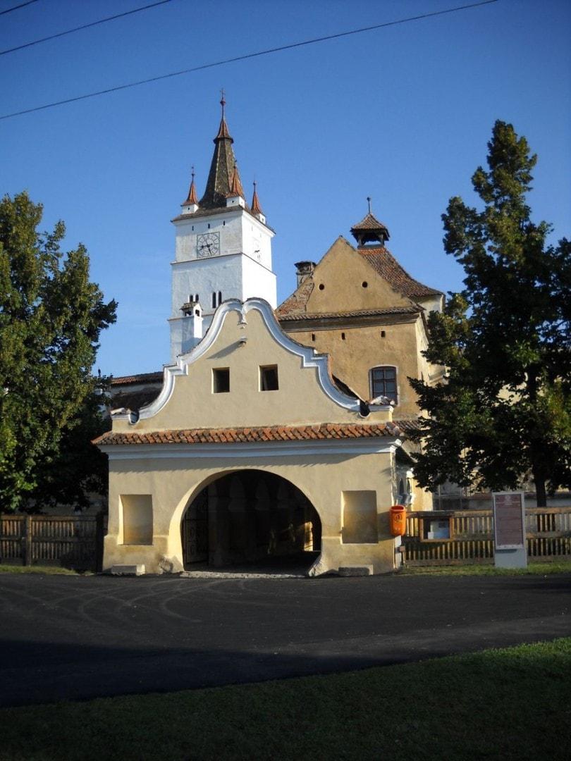 Kościół warowny w Harman