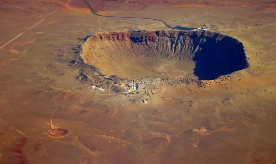 16 najpiękniejszych kraterów na Ziemi
