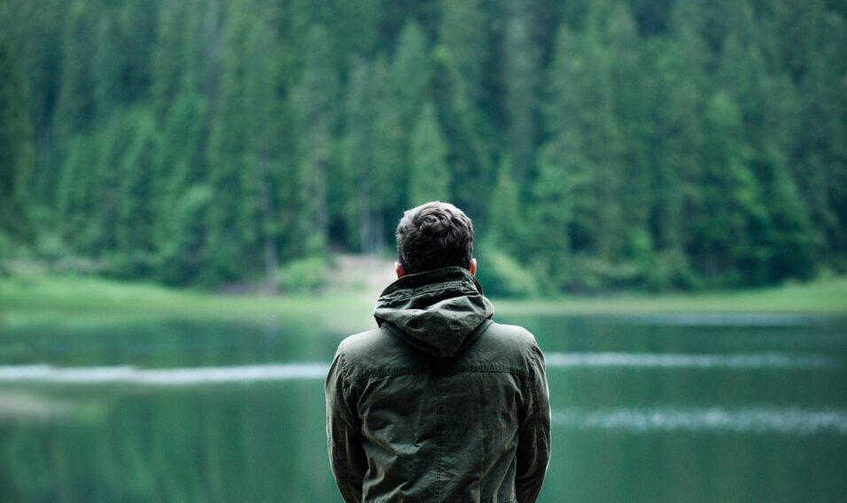 Kurtka trekkingowa męska – co to takiego?