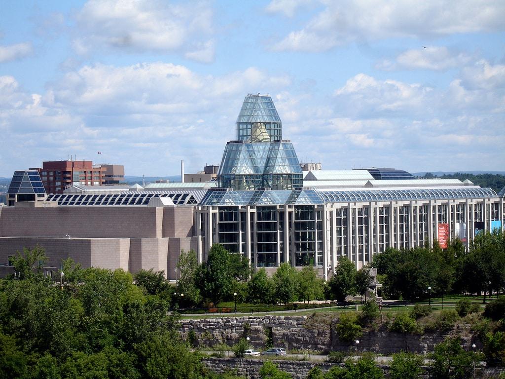 описание популярных национальная галерея канады фото гряда крымских