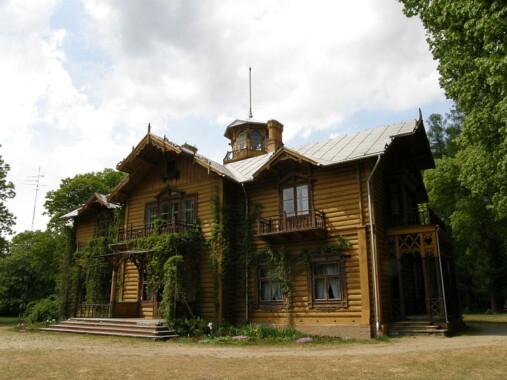 Pałac myśliwski w Julinie