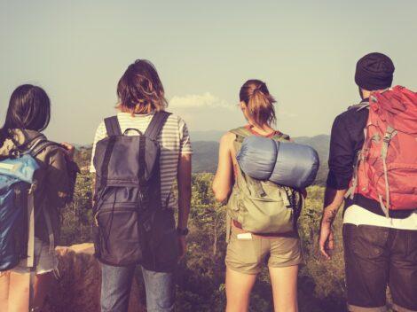 Plecak turystyczny – sprawdź, na co zwrócić uwagę podczas zakupów