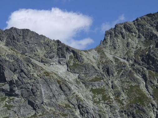 Przełęcz pod Chłopkiem, widok z Doliny Hińczowej