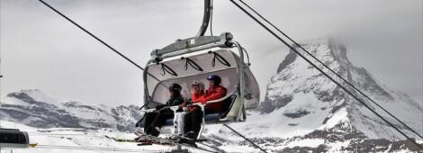 Zaczyna się sezon narciarski. Przeglądamy modele dla początkujących
