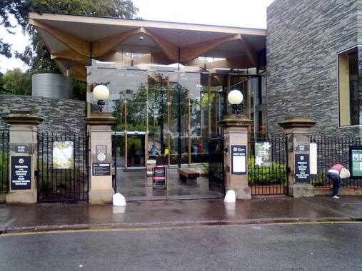Wejście do Królewskiego Ogrodu Botanicznego w Edynburgu