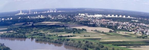 Widok na Puławy znad rzeki Wisły