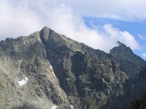 Widok na Rysy ze szlaku na Mięguszowiecką Przełęcz pod Chłopkiem