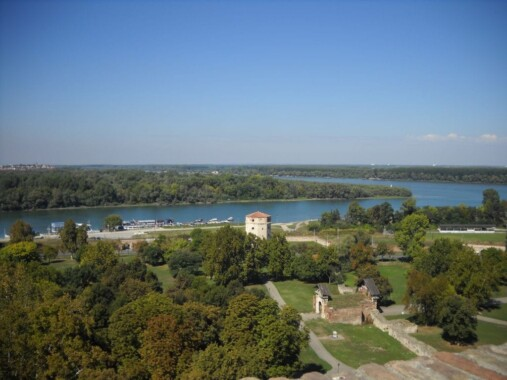 Widok z Kalemegdan na Belgrad