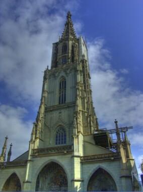 Wieża katedry w Bernie