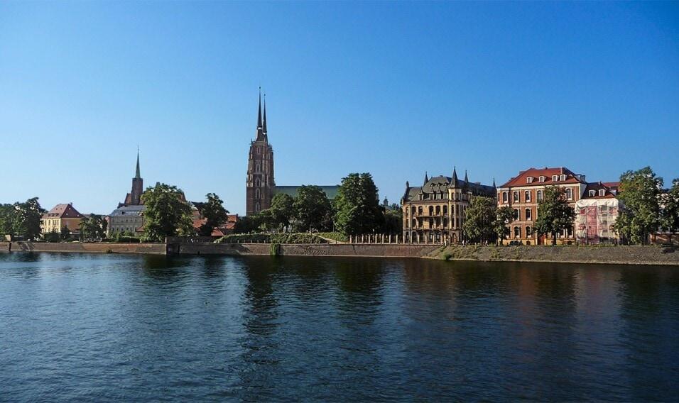 7 najbardziej serialowych miast w Polsce
