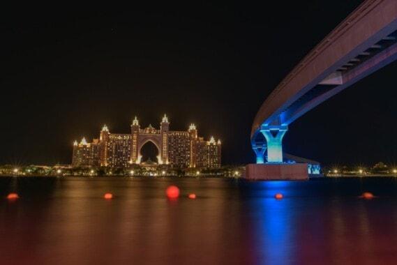 Wyspy Palmowe w Dubaju. Altantis Hotel.