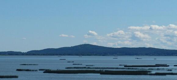 Wzgórze Rowokół, widok z jeziora Gardno