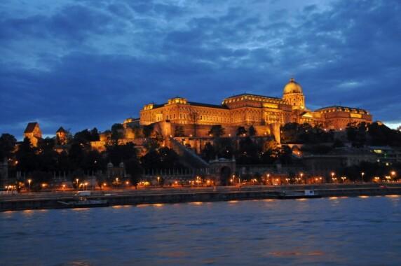 Zamek Królewski na Wzgórzu Zamkowym w Budapeszcie