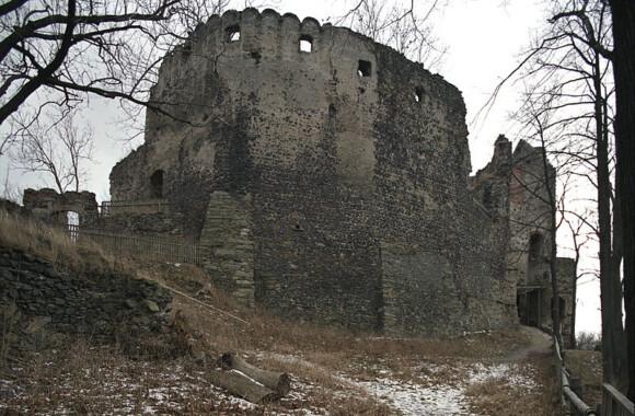 Zamek Gryf w Proszówce